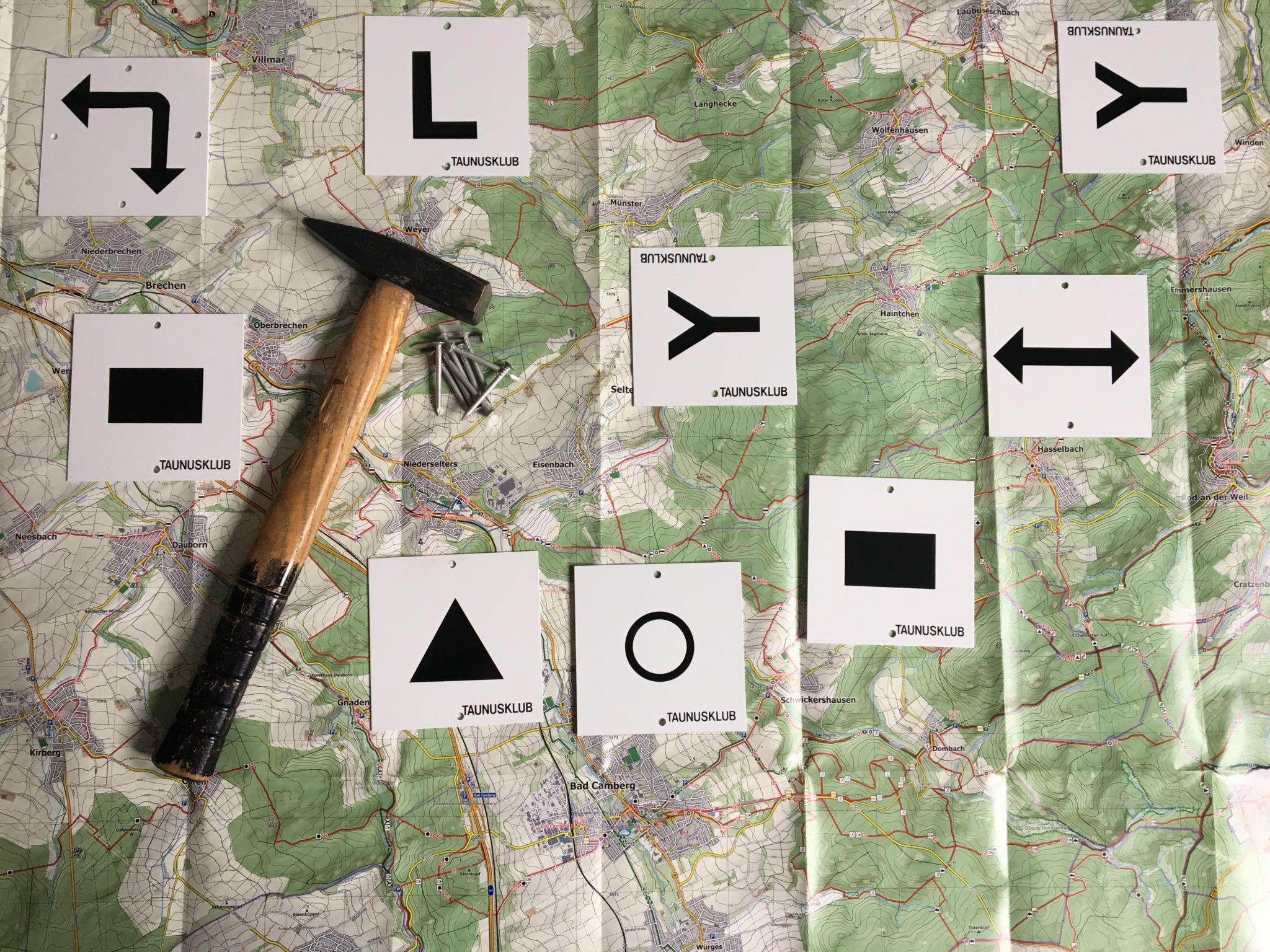 Unsere Wege und Schilder auf der richtigen Karte